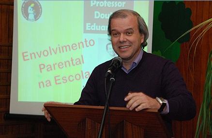 A atual educação estraga as crianças - Eduardo Sá