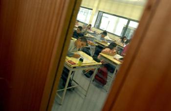 A luta dos pais contra o insucesso escolar deve começar hoje